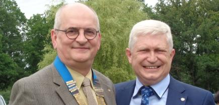 Passation de pouvoirs le 27 juin 2021 Bernard BLANCHART reçoit le collier Rotary de Guy THEATE